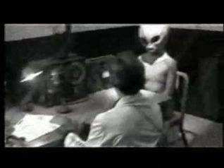 cia-masquarades-as-aliens
