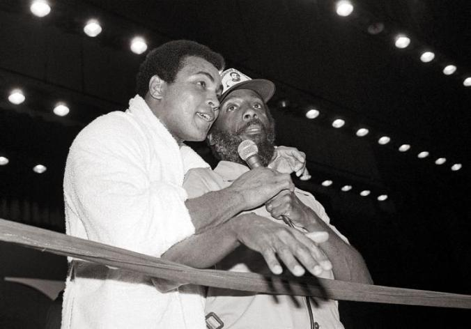 muhammad-ali-dick-gregory-1978